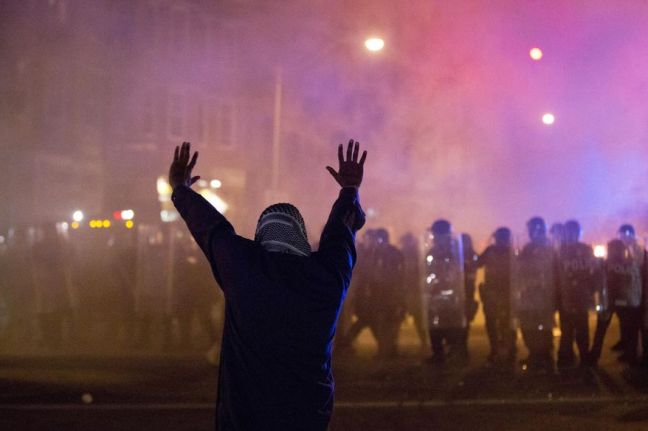 BaltimoreRiots_s878x585